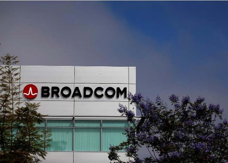 Broadcom's $2b warning shocks global chip sector