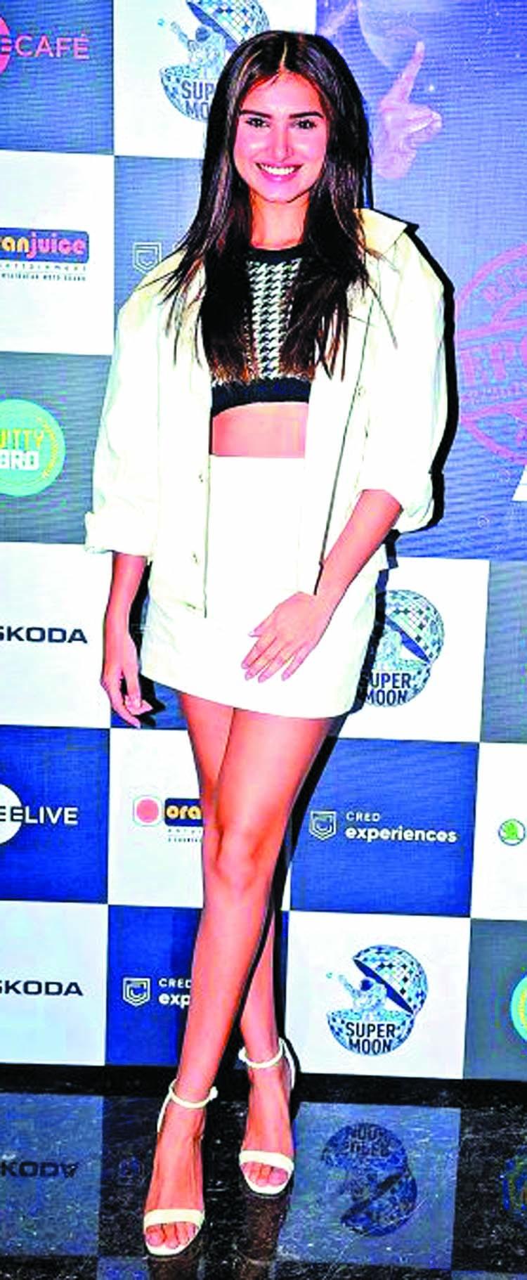 Tara Sutaria's sights set on 'Aankhen 2'