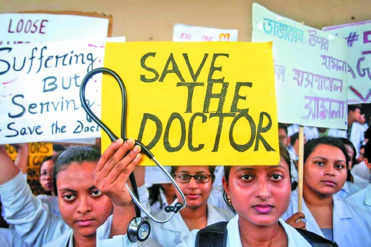 Thousands of doctors go on strike in India