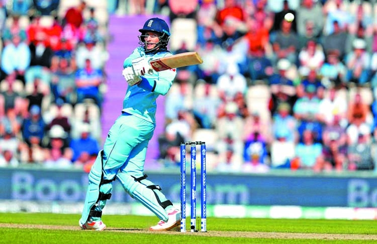 England crush Windies