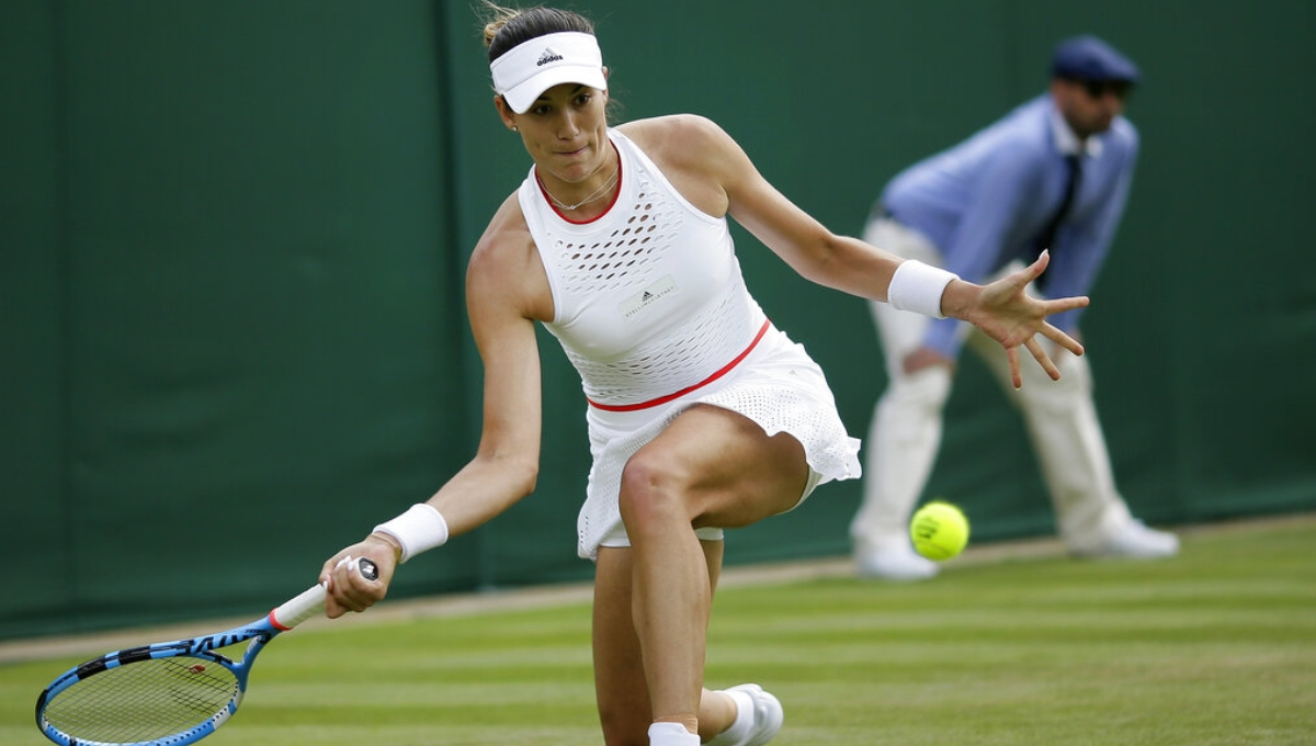 2017 Wimbledon champ Muguruza splits with coach
