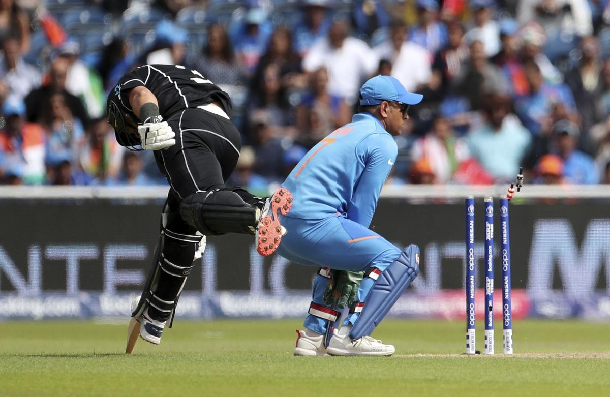 New Zealand beats India, into World Cup final