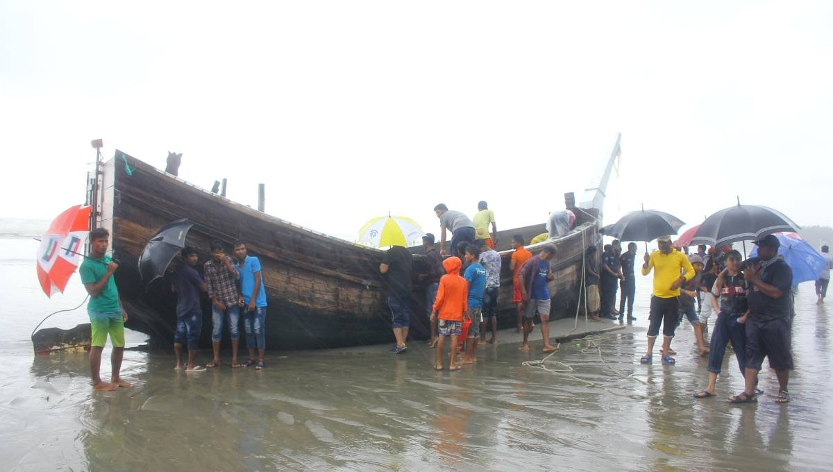 7 bodies recovered from Cox's Bazar beach as trawler sinks in Bay