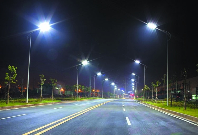 CCC gets Tk 260 cr to convert streets lights to LED