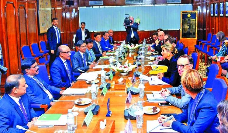 Queen Maxima visits Bangladesh Bank