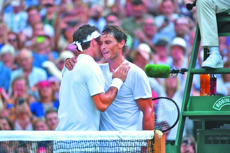 Federer downs Nadal to reach Wimbledon final