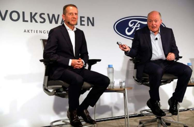 Volkswagen zooms ahead in extension of alliance with Ford