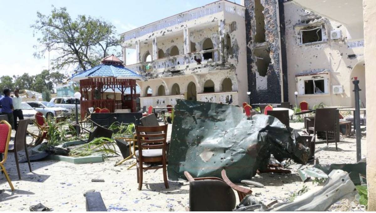 Islamic extremist attack on Somali hotel leaves 26 dead