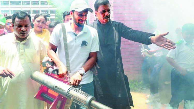 Shakib active at anti-dengue rally