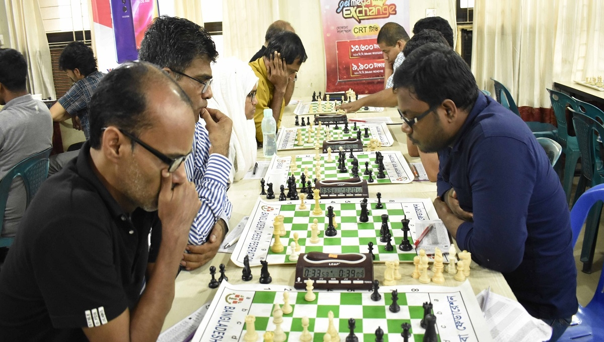 Rating Chess: GM Ziaur Rahman dominant after 8th round
