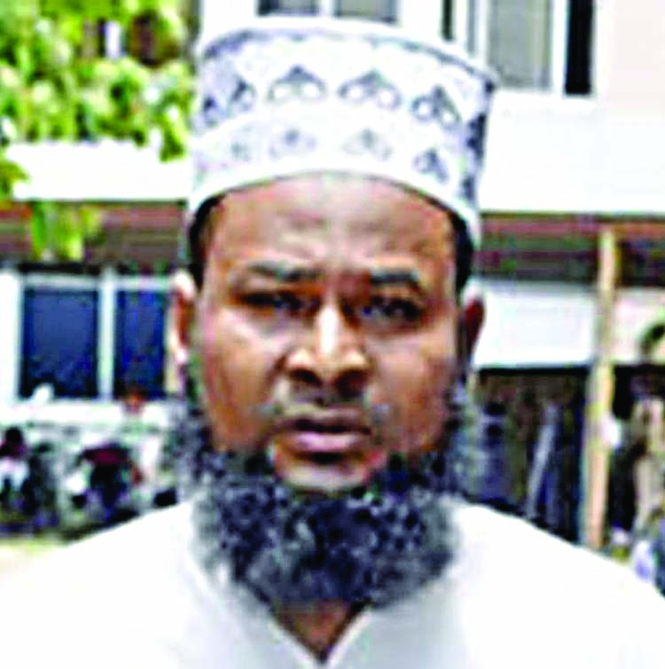 Imam held for 'raping' girl