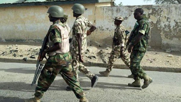 Nigerian soldiers kill 3 police in 'kidnap' shooting