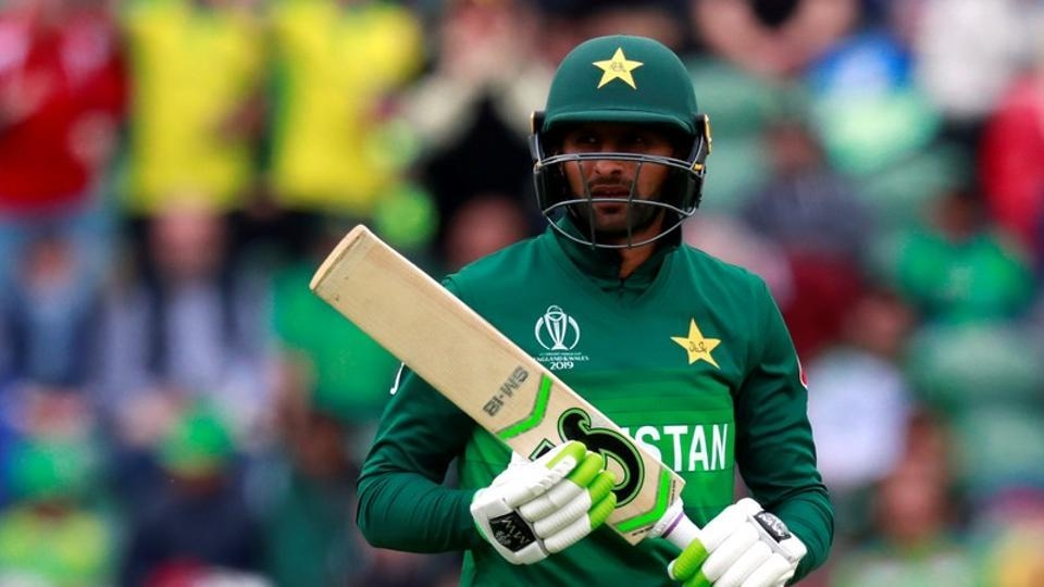 PCB awards central contracts to 19, Malik, Hafeez miss out