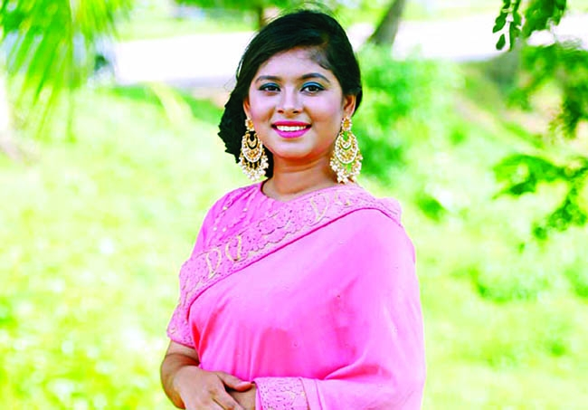 Luipa performs in Russia-Bangladesh Musical show