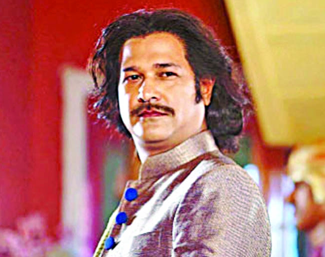 Asif in avatar of 'Devdas' in his new song