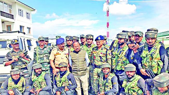 Doval tours Srinagar, talks to locals