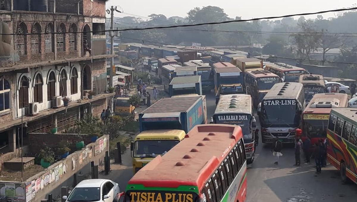 75-km tailback on Dhaka-Tangail highway