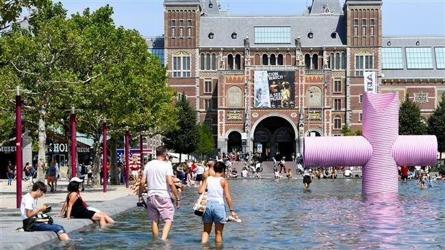 Nearly 400 die in Netherlands heatwave