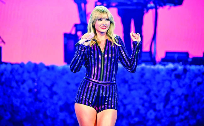 Taylor Swift set to perform on Aug 26