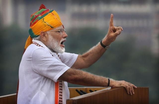 India's PM uses Independence Day to defend Kashmir changes