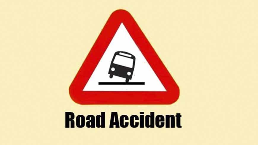 3 killed, over 30 hurt in Faridpur road crash