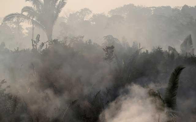 Amazon fires: Bolsonaro hits back at critics