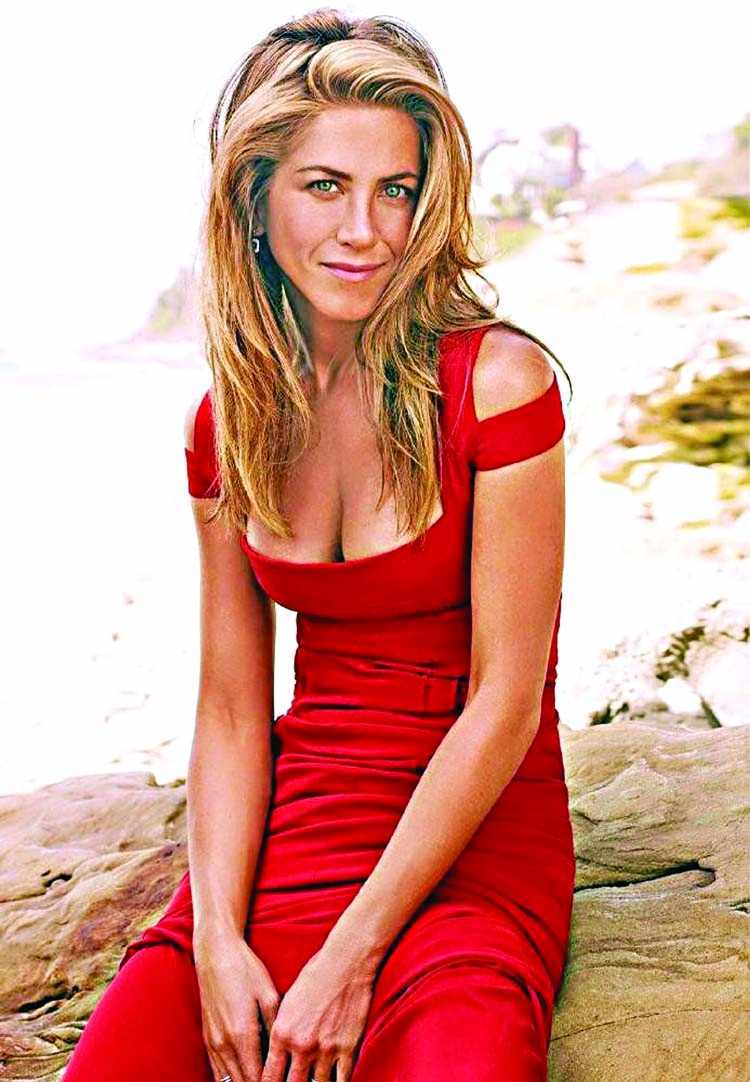 Jennifer Aniston won't take to social media