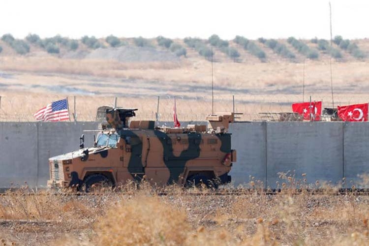 Turkish military enters Syria to joint 'safe zone' patrol