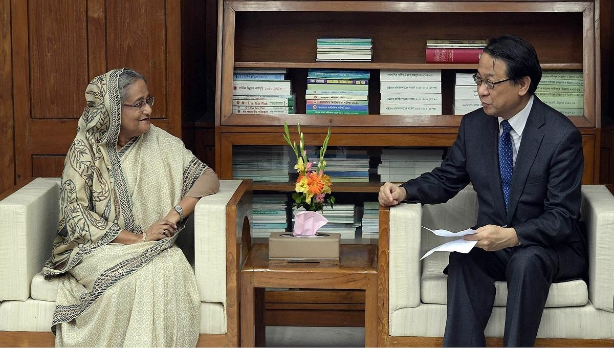 Mount pressure on Myanmar to take Rohingyas back, PM urges Japan