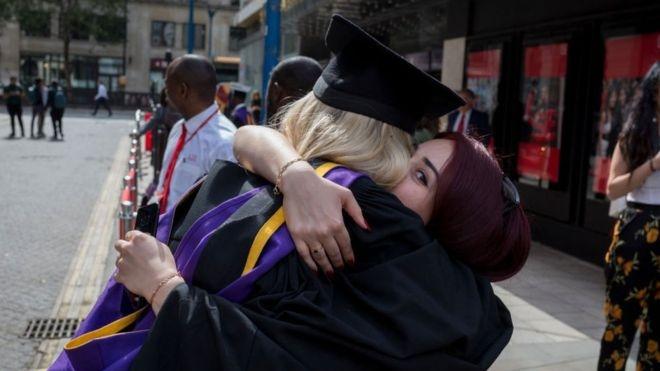 UK reverses limits on foreign graduate visas