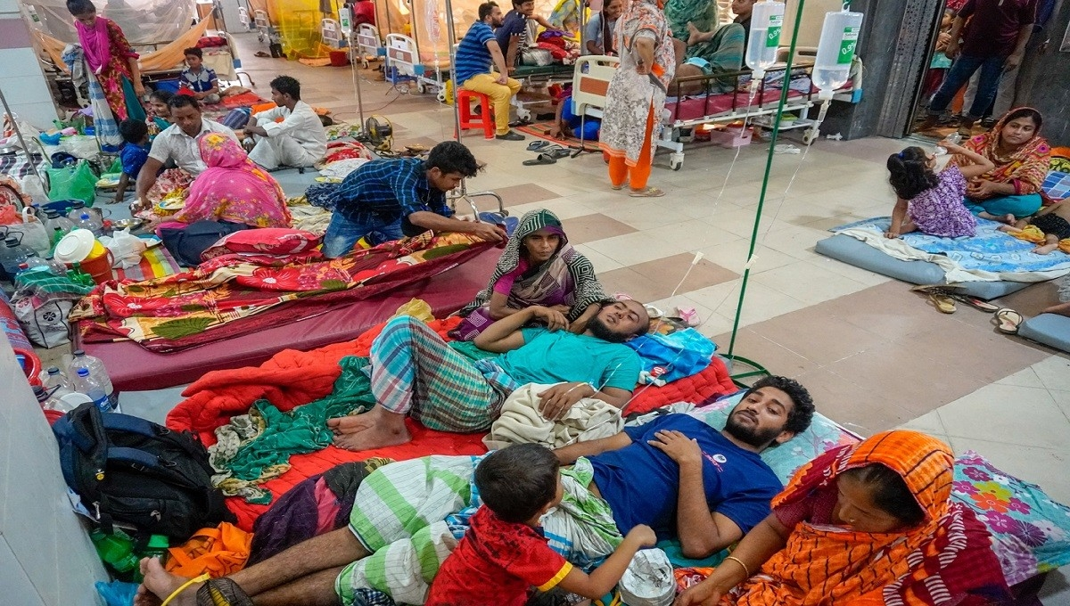 2 die of dengue in Chattogram, Barishal
