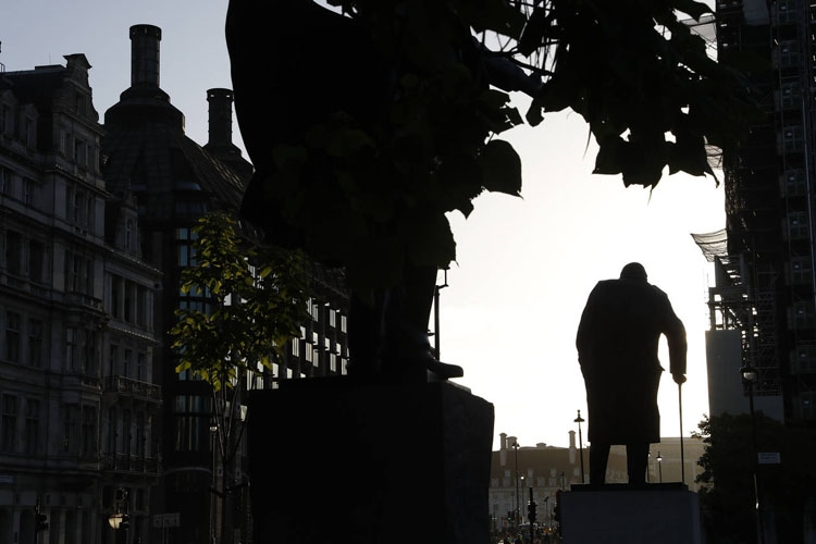 UK govt downplays its own stark no-deal Brexit warning