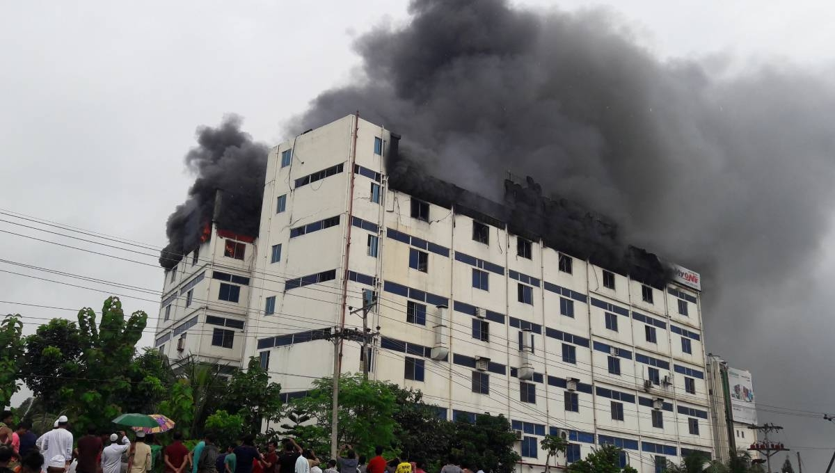 The fire at Gazipur electronic warehouse doused after 6 hrs