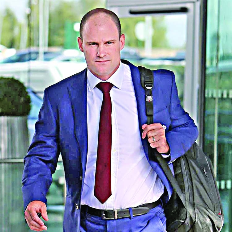 Strauss appointed ECB's cricket committee chairman