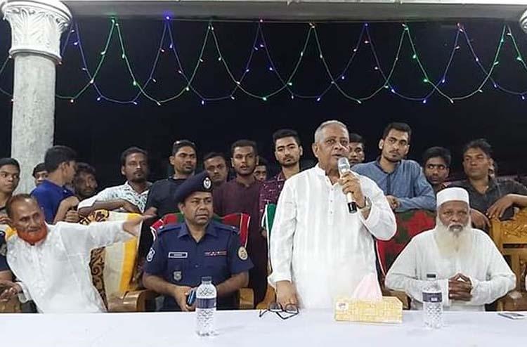 Shahjahan Mia MP visits Puja Mandaps in Patuakhali