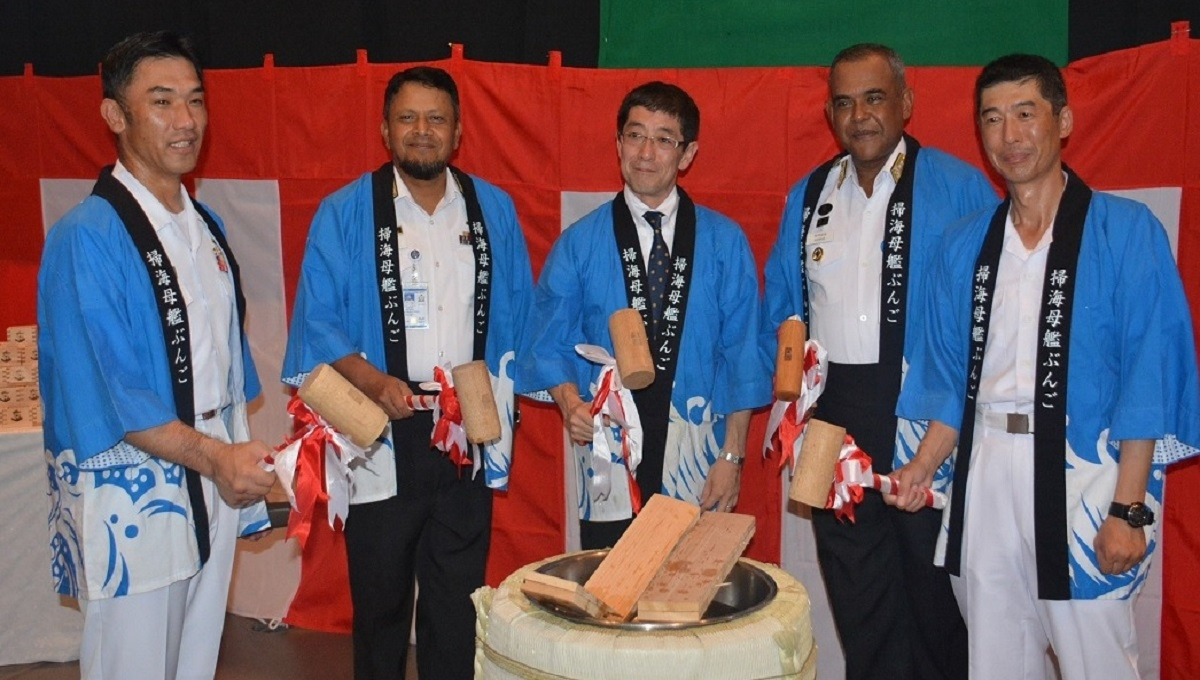 2 Japanese vessels visit Ctg port to strengthen cooperation with Navy