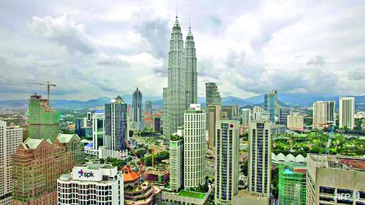 Malaysia sweetens tax incentives for companies