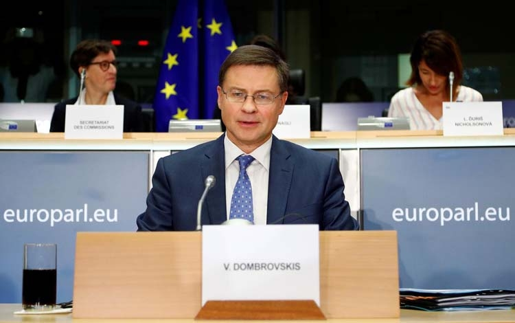 EU commissioner pledges to regulate digital currencies