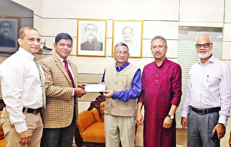 UGC hands over 1st cheque to Aviation University
