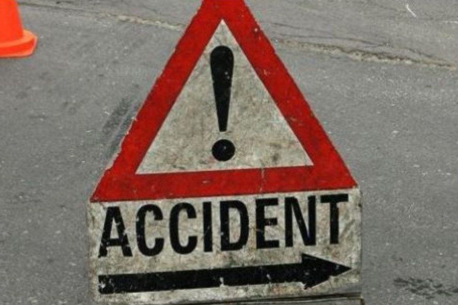 3 killed as truck overturns in Gazipur