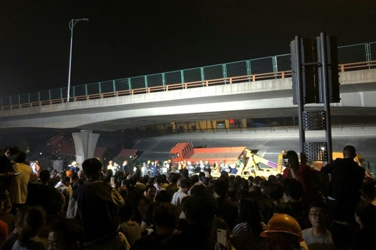 Three dead in China bridge collapse