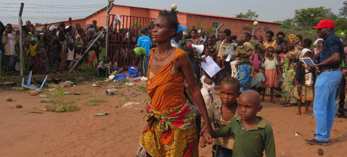 UNHCR accommodates DR Congo refugees on border with Angola