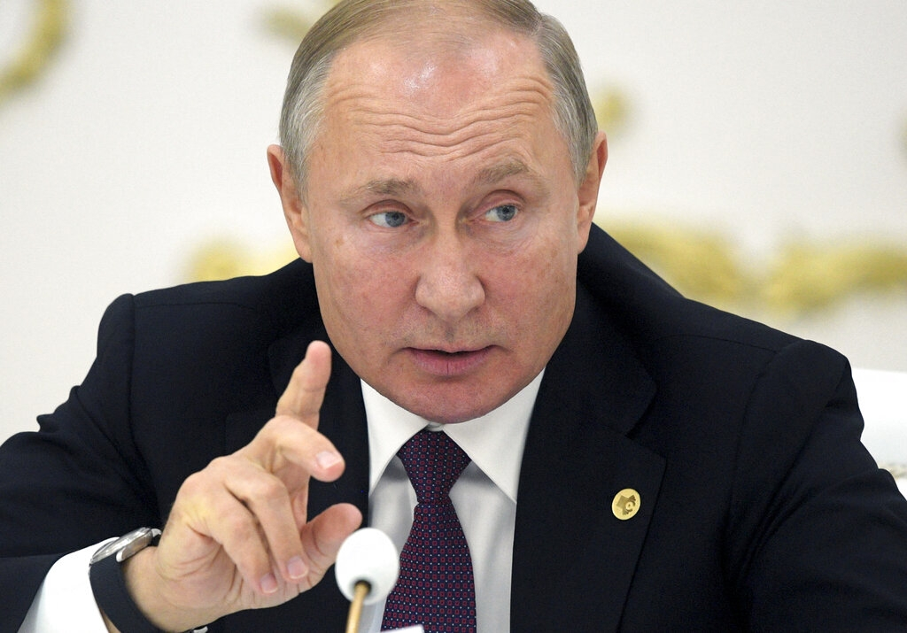 Putin says he doubts Ukraine can deliver on peace process