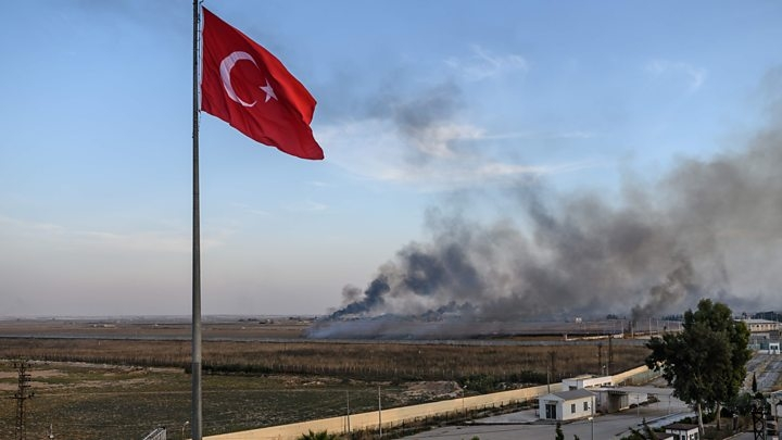 100,000 flee as Turkey steps up Syria offensive