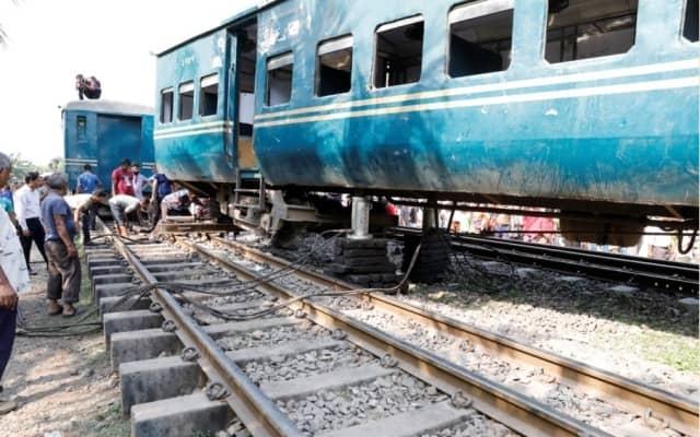Derailment snaps Kishoreganj-M'singh rail link