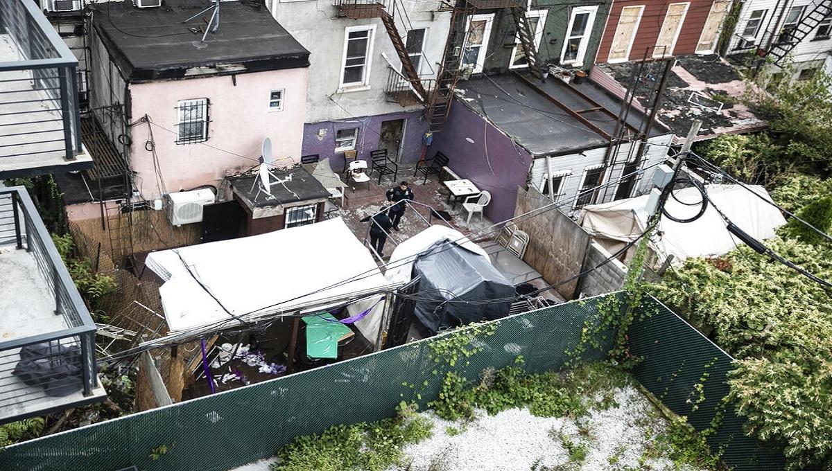 Police: 4 dead, 3 injured in shooting in Brooklyn