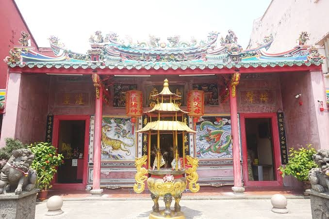 China to restore murals of largest Taoist temple