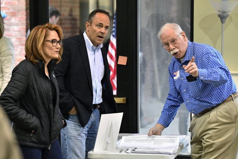 Bevin fighting for political life in Kentucky governor race