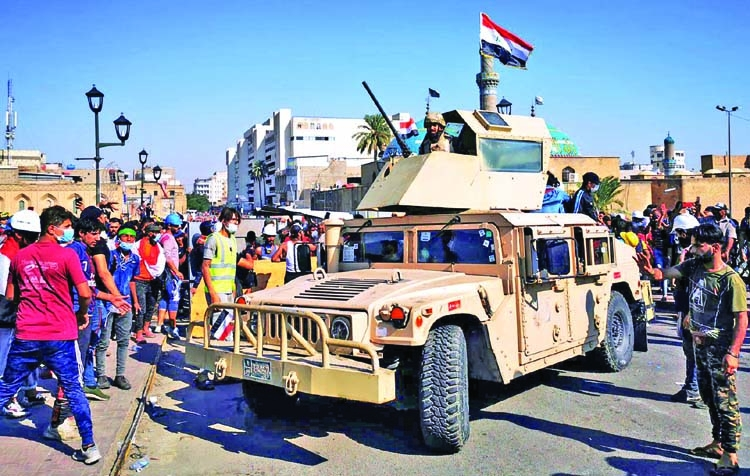 Live fire used to disperse Baghdad protesters