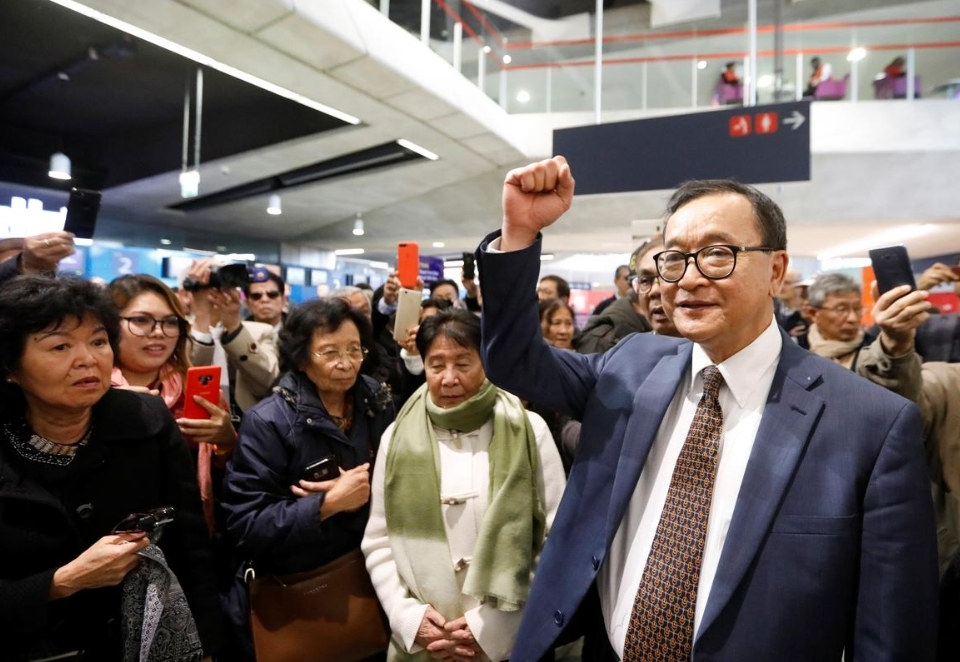 Cambodia opposition leader barred from flight home